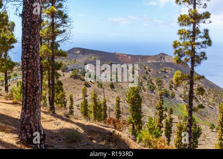 Blick auf den Vulkan San Antonio in La Palma, Kanarische Inseln - Stockfoto
