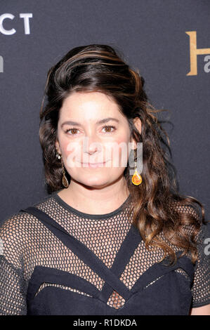 NEW YORK, NY - 11. NOVEMBER: Schauspielerin Jamie Neumann besucht die 'Robin Hood' New York Screening bei AMC Lincoln Square Theater am 11. November 2018 in New York City. - Stockfoto