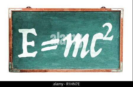Einsteins Relativitätstheorie E=mc2 Gleichung Masse Energie Gleichwertigkeit auf der grünen alten Grunge vintage breiten hölzernen Tafel retro Tafel mit Verwitterten Stockfoto