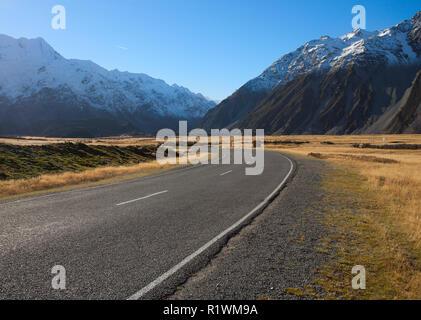 Straße in Mount Cook National Park, Neuseeland - Stockfoto