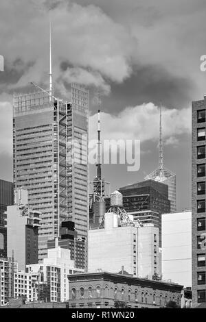 Schwarz-weiss Bild Skyline von New York City, USA. - Stockfoto