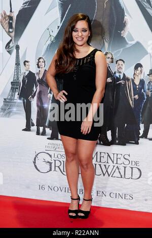 Noelia Franco kümmert sich um fantastische Tiere: Die Verbrechen von Grindelwald Film Premiere während der Woche in Madrid Premiere Kinepolis in Pozuelo de Alarcon. - Stockfoto