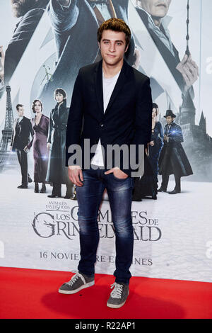 Pol Monen kümmert sich um fantastische Tiere: Die Verbrechen von Grindelwald Film Premiere während der Woche in Madrid Premiere Kinepolis in Pozuelo de Alarcon. - Stockfoto