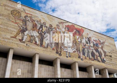 Albanien, Tirana, National History Museum - Stockfoto