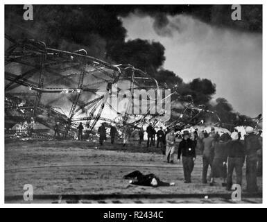 Das Luftschiff Hindenburg in Lakehurst, New Jersey, 1936 - Stockfoto