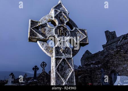 Corcomroe Abbey, The Burren, County Clare, Munster, Republik Irland, Europa - Stockfoto