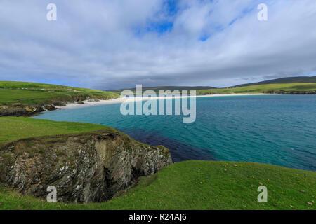St. Ninian's Isle, weiße Muschel sand Strand, größte Tombolo in Großbritannien, South West Festland, Shetlandinseln, Schottland, Großbritannien, Europa - Stockfoto