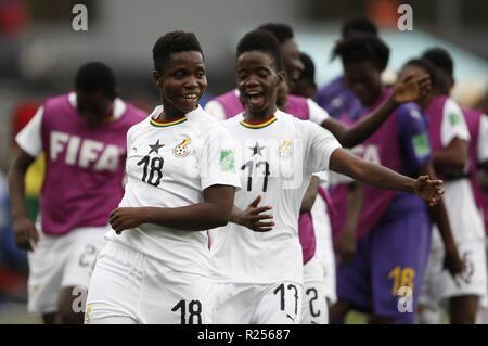 Ghanaische Spieler feiern den Sieg bei den Frauen unter 17 Wm Gruppe eine Übereinstimmung zwischen Ghana und Finnland, an der Charrua Stadion in Montevideo, Uruguay, 16. November 2018. EFE/Federico Anfitti - Stockfoto