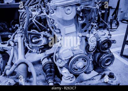 Das Auto Reparatur des Motors - Stockfoto