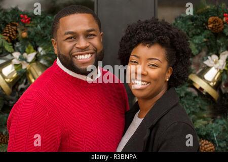 Porträt der Afro-Amerikaner Liebespaar. - Stockfoto