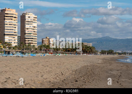 Playa Bajondillo in der Nähe von Malaga flughafen - Stockfoto