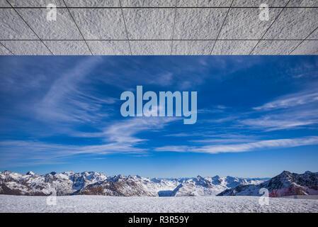 Österreich, Tirol, Sölden, Gaislachkogl Otztal Ski Mountain, Gaislachkogl Gipfel, Gipfel anzeigen - Stockfoto
