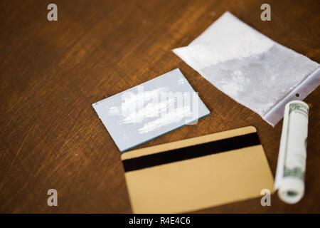 Spiegel Letters Bestellen : Fotolijstjes letter spiegel moodboard kamer rosalie