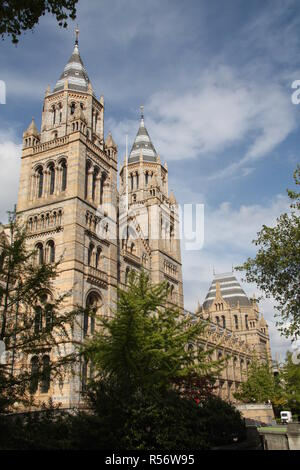 Victoria und Albert Museum in South Kensington, London - Stockfoto