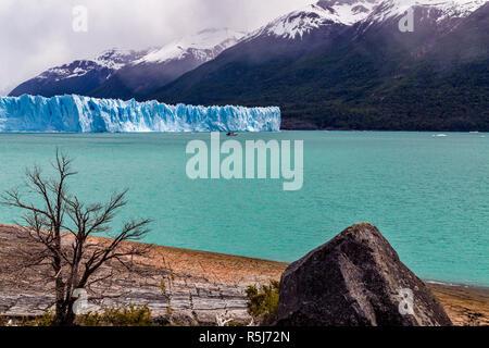 Der Gletscher Perito Moreno. Nationalpark Los Glaciares, Santa Cruz, Argentinien. - Stockfoto