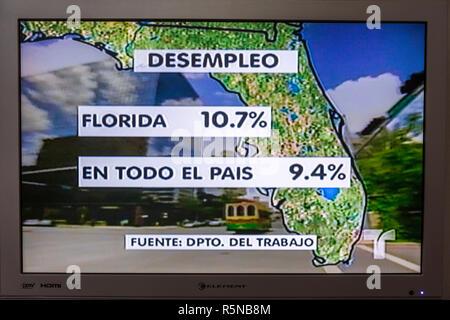 Miami Beach, Florida Flat Panel TV fernsehen Screenshot Medien Spanische Sprache Telemundo news Nachrichtensendung Grafik broadcast Bezugsvoraussetzungen - Stockfoto