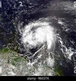 Hurrikan Maria. Elemente dieses Bild von der NASA eingerichtet. - Stockfoto