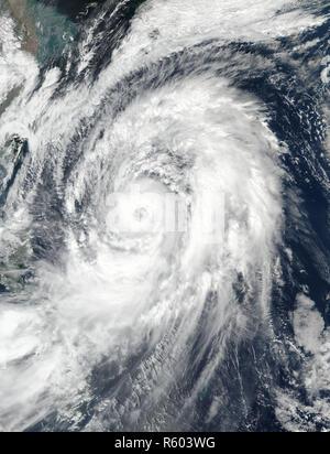 Typhoon Lan im westlichen Pazifik. Elemente dieses Bild von der NASA eingerichtet. - Stockfoto
