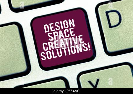 Konzeptionelle Hand schreiben Übersicht Design Space kreative Lösungen. Business Foto text Kreativität innovative Ideen Erfindungen Tastatur Absicht zu Crea - Stockfoto
