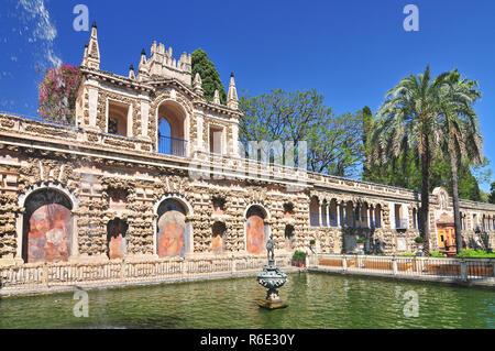 Blick auf die Real Alcazar Galeria De Grutesco der Königliche Palast Sevilla Spanien - Stockfoto