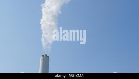 Rauchen ab Werk - Stockfoto