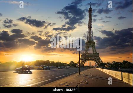 Weg zum Eiffelturm. - Stockfoto