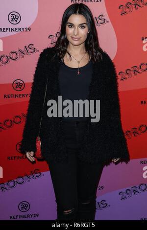 LOS ANGELES, Ca, USA - Dezember 04: TV-Persönlichkeit Ashley Iaconetti kommt an der Raffinerie 29 29 Zimmer Los Angeles 2018: Erweitern Sie Ihre Realität Op