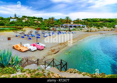 Cala Murada Beach Resort, im Sommerurlaub, Palma de Mallorca, Spanien - Stockfoto