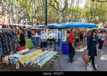 Frankreich, Pyrenees Orientales, Cote Vermeille, Collioure, Markt Tag // Frankreich, Pyrénées-Orientales (66), Côte Vermeille, Collioure, Jour de marché - Stockfoto