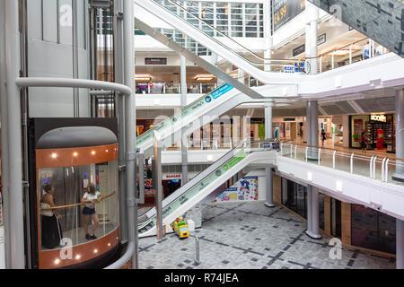 Fürsten Quay Einkaufszentrum Atrium, Carr Lane, Kingston upon Hull, East Riding von Yorkshire, England, Vereinigtes Königreich - Stockfoto