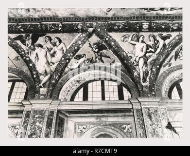 Lazio Roma Rom Piccola Farnesina, dies ist mein Italien, die italienische Land der Geschichte, mittelalterliche Architektur, Bauskulptur, Fresko Antiquitäten Skulptur, skulpturale Bruchstücke im 1523 gebaut von Franzose Le Roy, und Sangallo dem Jüngeren zugeschrieben. Lily von Frankreich war mit Farnesiani lily kombiniert, die Namen der Palast, der nichts gemein hat mit Villa Farnesina. Im Innenraum ist das Museo Barracco der antiken Skulptur gefunden. - Stockfoto