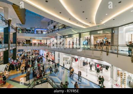 Alexa Shopping Center, Weihnachtsbeleuchtung, Interieur, Berlin - Stockfoto
