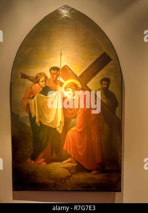 Medjugorje, Bosnien und Herzegowina - November 3, 2018: Gemälde von Via Crucis: SECHSTE STATION, Veronica Wipes das Antlitz Jesu - Stockfoto