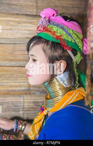 Lang-necked Frau, Karen Stamm, Chiang Mai, Thailand
