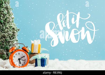 frohe weihnachten schriftzug lassen sie es schneien. Black Bedroom Furniture Sets. Home Design Ideas