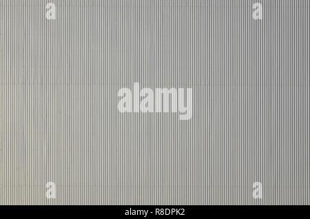 Sliver Aluminium Metall Platte. Abstellgleis. Die nahtlose Oberfläche der Stahl Dynamisierung. Industriebau Wand aus Wellblech, Flachbild Hintergrund ph - Stockfoto