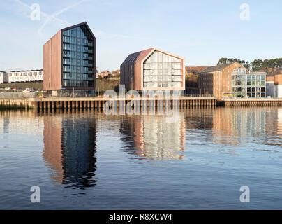 Räuchereien Apartments, eine Wohnanlage auf dem Gelände des alten Smith Dock in North Shields, North East England, Großbritannien