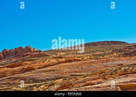 Nevada, Valley of Fire State Park, Blick entlang der Maus Tank Straße - Stockfoto