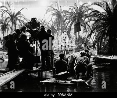 Original Film Titel: Der Hurrikan. Englischer Titel: The Hurricane. Jahr: 1937. Regie: John Ford. Stars: Dorothy Lamour. Quelle: UNITED ARTISTS/Album - Stockfoto