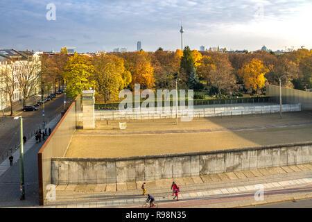 Berliner Mauer, Bernauer Straße, Deutschland - Stockfoto