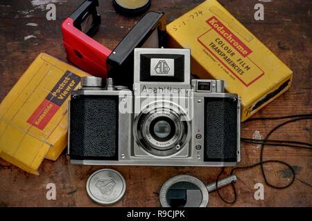 24-Mar-2009 - Vintage Asahiflex war eine sofortige Rückkehr Spiegel 35-mm-Spiegelreflexkamera in 1952 - Mumbai Maharashtra Indien Asien - Stockfoto