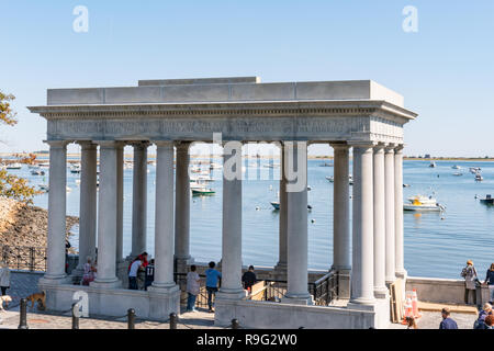 PLYMOUTH, MA - 30. SEPTEMBER 2018: Plymouth Rock Denkmal Website der Pilger Landung in Plymouth, Massachusetts - Stockfoto