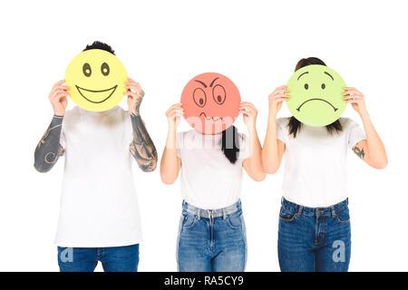 Eine Gruppe der Jungen Holding runde Karten mit unterschiedlichen Gesichtsausdruck isoliert auf weißem - Stockfoto