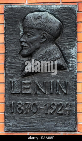 Lenin Plakette an Memento Park oder Statue Park, (Szoborpark) Budapest, Ungarn - Stockfoto