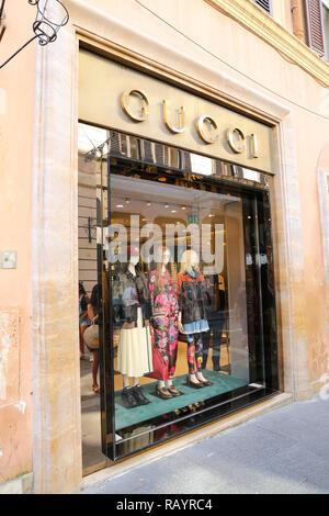 Gucci-Shop in Rom Italien Stockfoto, Bild: 4062675 - Alamy