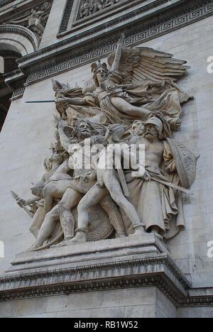 Triumphbogen, Paris: Einer der vier wichtigsten bildhauerischen Gruppen zu den einzelnen Säulen des Bogens: Le Abweichen de 1792 (oder La Marseillaise) - Stockfoto