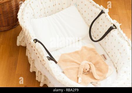Bett spielzeug baby wiege aus holz kind stubenwagen game turnier