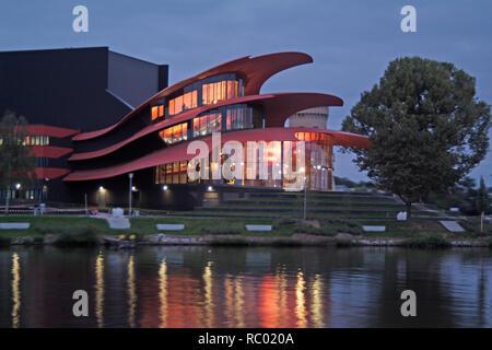 Hans-Otto-Theater am Ufer dees Tiefen sieht, Havel, Architekt Gottfried Böhm, 2006, Potsdam, Brandenburg, Deutschland, Europa | Hans-Otto-Theater am - Stockfoto