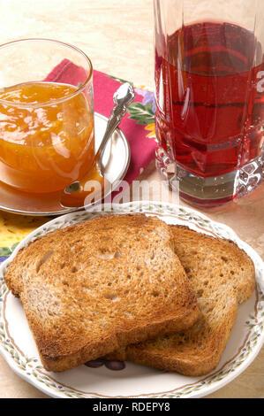 Toast & Marmelade - Organische Muti-Grain - Stockfoto