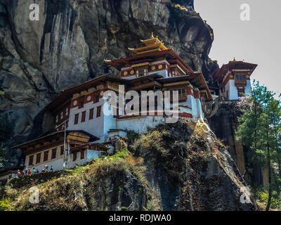 Blick auf Taktshang Kloster oder Tiger Nest auf dem Berg in Paro, Bhutan